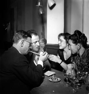Boris and Michelle Vian, Jean-Paul Sartre and Simone de Beauvoir, a Saint-Germain des Pres. Paris, FRANCE -1949. /Credit:MANCIET/SIPA/1404091134